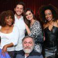 Recentemente, Klebber Toledo e Camila Queiroz posaram abraçados após show de Dhu Moraes