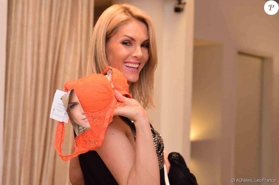 60896475fee24 Ana Hickmann participou do lançamento de uma coleção de lingerie neste  sábado, 17 de setembro