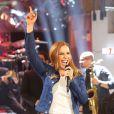 Ivete Sangalo cantou as músicas de seu novo DVD