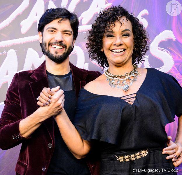 O 'Domingão do Faustão' informou que o antigo instrutor da atriz, Áureo Lustosa, havia sofrio uma lesão e por isso deixou a batalha