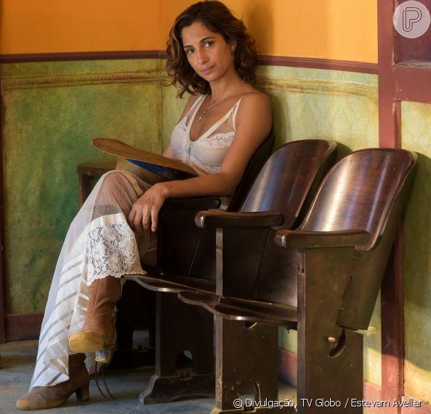 Camila Pitanga volta a gravar 'Velho Chico' após morte de Domingos Montagner e pede: 'Orem por mim'. Pedido foi feito nesta quarta-feira, 21 de setembro de 2016