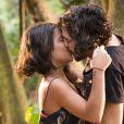 Miguel (Gabriel Leone) e Olívia (Giullia Buscacio) terão um casal de gêmeos, que vão se chamar Belmiro e Rosa, no final da novela 'Velho Chico'