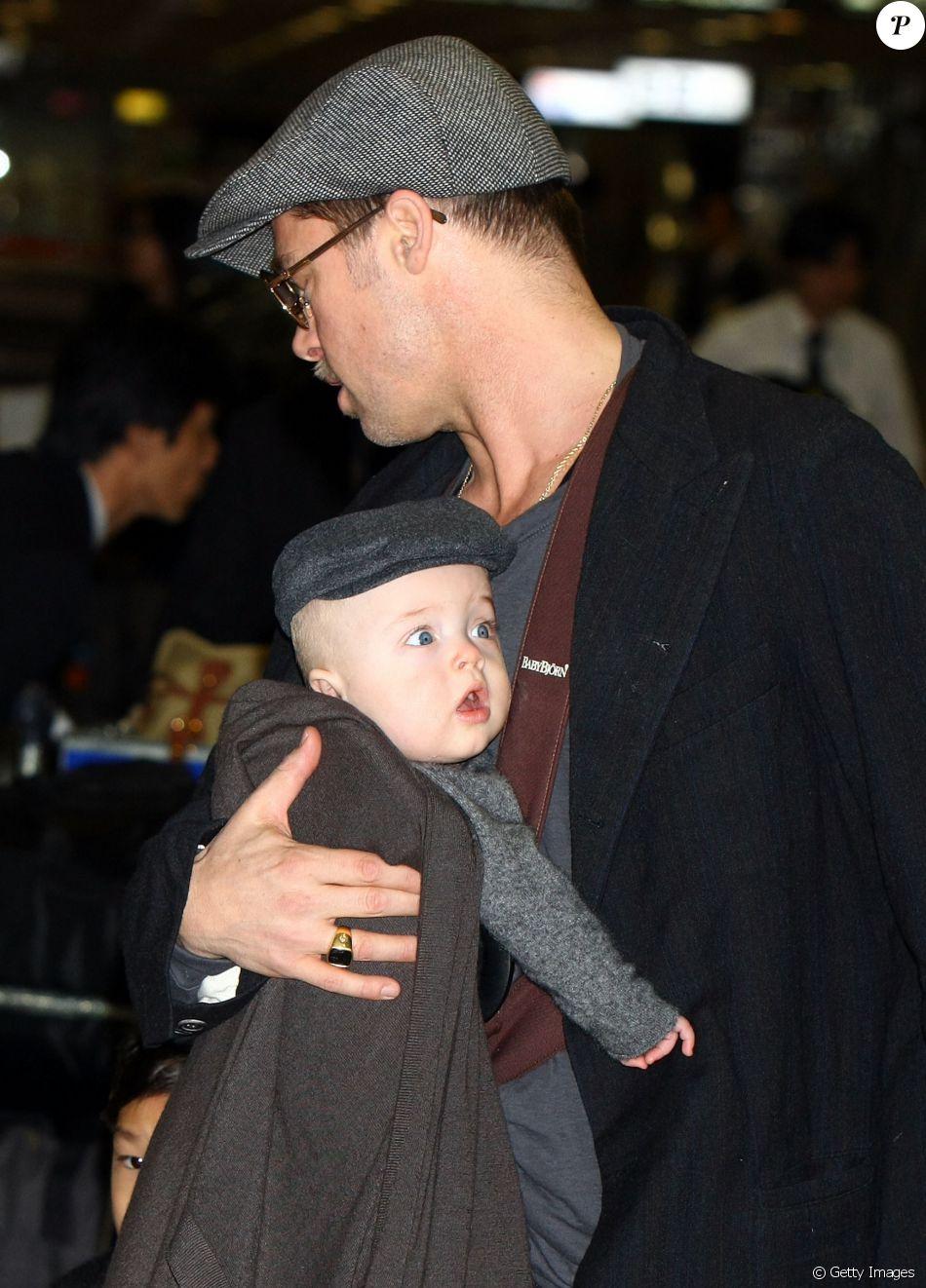 Brad Pitt estaria sendo investigado por abusar de seus filhos. A informação foi publicada no site 'TMZ' nesta quinta-feira, 22 de setembro de 2016