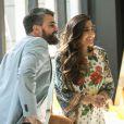 Bernardo (Marcio Kieling) se encanta com a desenvoltura de Yumi (Jacqueline Sato) em São Paulo, no capítulo que vai ao ar na sexta-feira, dia 07 de outubro de 2016, na novela 'Sol Nascente'
