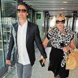 Kate Winslet deu à luz seu primeiro filho com o músico Ned Rocknroll, com queme está casada há 1 ano
