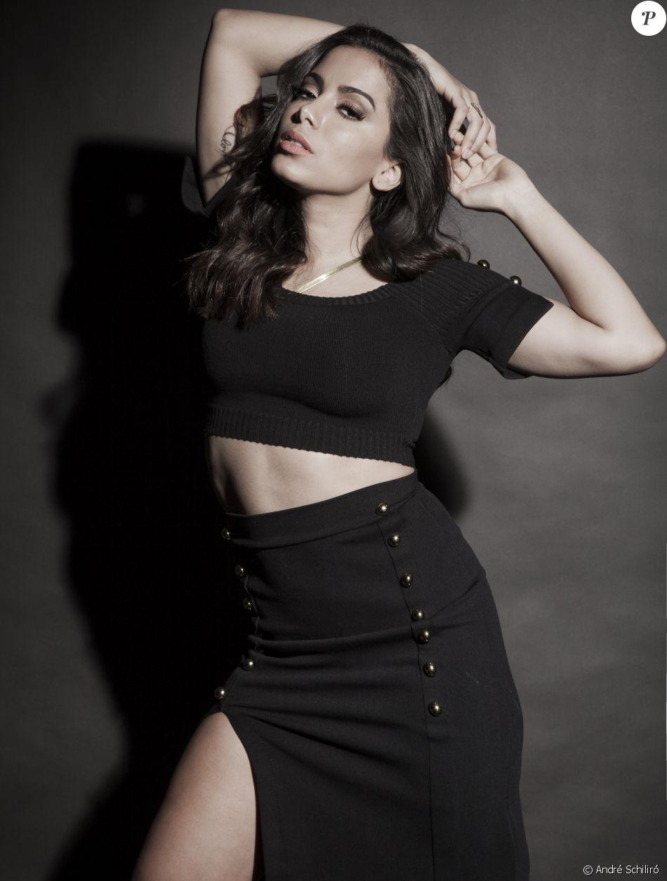 Anitta assina contrato com escritório que agencia Rihanna, Adele, Pearl Jam e Marron 5
