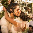 Olívia (Giullia Buscacio) e Miguel (Gabriel Leone) serão pais de gêmeos, na novela 'Velho Chico'