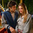 Helô (Isabelle Drummond) se apaixona por Pedro (Chay Suede), filho de Fausto (Tarcísio Meira), homem que demitiu seu pai e mudou a realidade da família Martins, na novela 'A Lei do Amor'