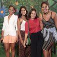 Larissa Góes, Lucy Alves, Giullia Buscacio e Barbara Reis posam juntas na reunião de equipe e elenco de 'Velho Chico'