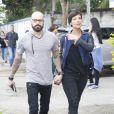 Camila Rodrigues vota acompanhada do novo namorado Ighor Payola, na manhã deste domingo, 2 de outubro de 2016