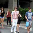 Fernanda Vasconcellos e seu namorado, Cássio Reis, passearam no Leblon, Zona Sul do Rio de Janeiro, nesta terça-feira, 17 de novembro de 2013