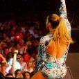 Claudia Leitte em show de Réveillon em Pernambuco