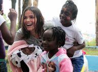 Bruna Marquezine brinca com crianças refugiadas em SP: 'Cidadã do mundo'. Fotos!