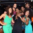 Marcello Melo Jr. posou com Juliana Alves, Erika Januza, Pablo Morais e outros amigos ao festejar 29 anos