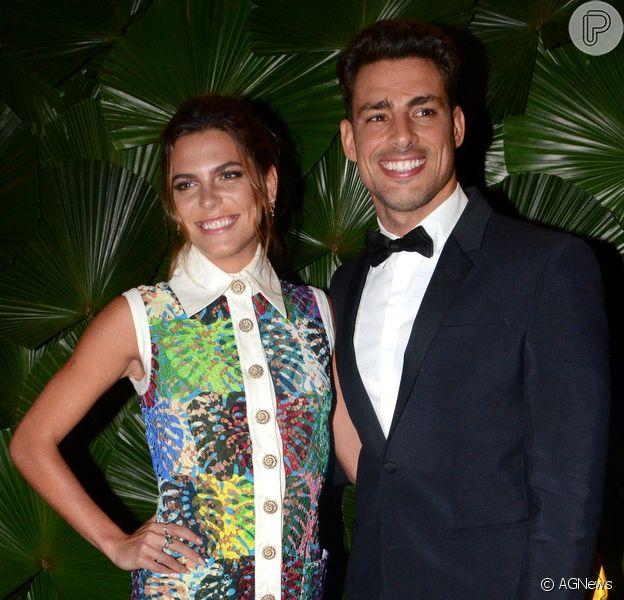 Cauã Reymond diz que namorada, Mariana Goldfarb, é boa cozinheira: 'Faz doces',  disse ele na noite de terça-feira, 22 de novembro de 2016