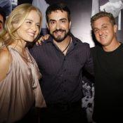 Angélica e Luciano Huck posam com padre Fábio de Melo em lançamento de livro