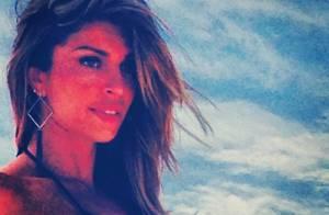 Grazi Massafera, bronzeada, faz fotos de biquíni em Cabo Frio, RJ, para campanha