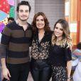 Sandy e Tiago Iorc se apresentam juntos em shows e programas de TV