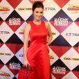 Rayanne Morais investiu em um look todo vermelho e vestido da marca Fátima Scofield e bolsa Dior