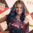 Lua Blanco vai voltar a ficar loira após pintar o cabelo de azul, afirmou ao Purepeople, durante o prêmio Extra de TV, nesta terça-feira, 29 de novembro de 2016: 'Daqui a duas semanas'