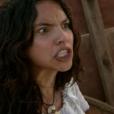 Juliana (Gabriela Moreira) se irrita com Maria Isabel (Thais Fersoza) e diz que não vai desistir de Miguel (Pedro Carvalho), no capítulo que vai ao ar na quinta-feira, dia 08 de dezembro de 2016, na novela 'Escrava Mãe'