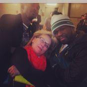 Meryl Streep faz pose 'estilo gângster' com 50 Cent após jogo de basquete em NY