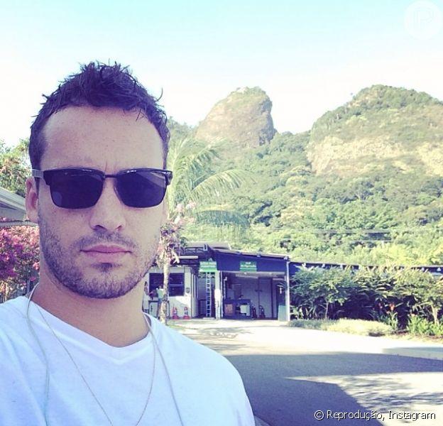 Rodrigo Andrade se despediu do seu personagem no seu último dia de gravação de 'Amor á Vida' nesta terça-feira, 28 de janeiro de 2014