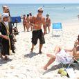 Anderson Di Rizzi e Daniel Rocha passaram a tarde desta quinta-feira, 30 de janeiro de 2014, na praia da Barra da Tijuca, Zona Oeste do Rio de Janeiro