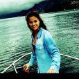 Selena Gomez se pronunciou pela primeira vez após sua ida para a reabilitação. A cantora publicou nesta segunda-feira, 11 de fevereiro de 2014, uma foto sua em um barco