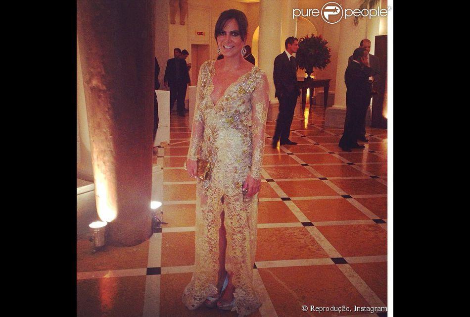 Carol Sampaio no casamento de Latino e Rayanne Morais, no Copacabana Palace, no Rio de Janeiro, na noite desta quarta-feira, 12 de março de 2014