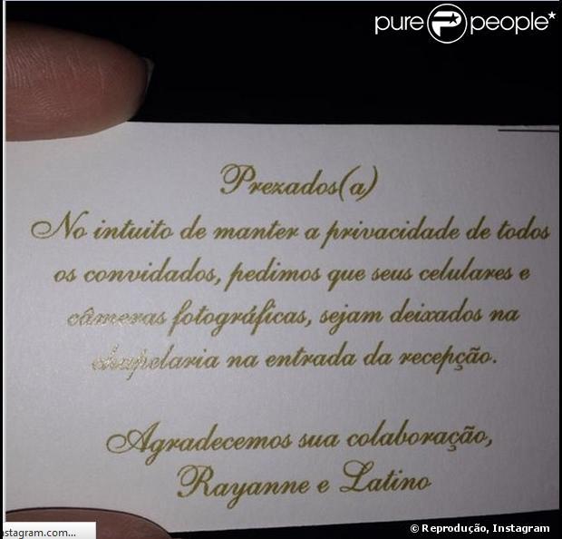 Convite pede que convidados do casamento de Latino e Rayanne Morais deixem celular na chapelaria do Copacabana Palace