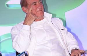 Renato Aragão segue internado para tratar infecção, sem previsão de alta