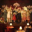 Em clima de confraternização o elenco de 'Joia Rara' celebra o encerramento da trama