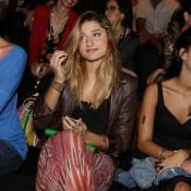 Sasha e Juliana Paiva prestigiam o segundo dia de desfiles do Fashion Rio