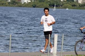 Marcos Palmeira corre na Lagoa Rodrigo de Freitas para manter a boa forma