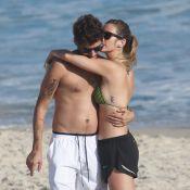 Juliana Didone curte feriado na praia com o namorado em clima romântico
