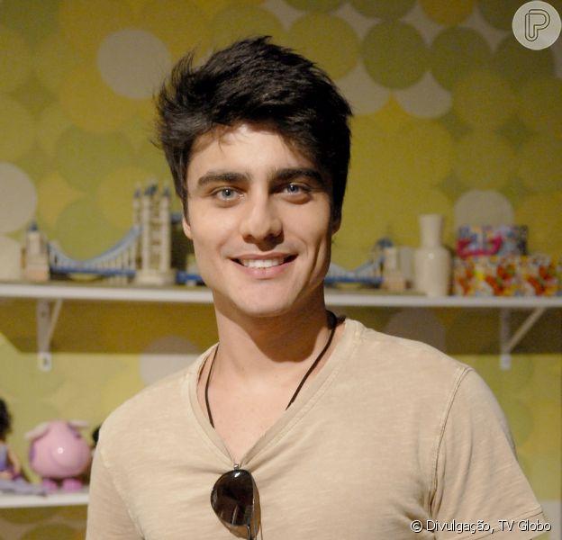 Guilherme Leicam comemora o seu primeiro protagonista na TV, em 'Malhação'. O ator conversou com o 'Purepeople' em 24 de janeiro de 2013