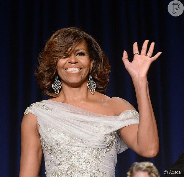Michelle Obama recebe famosos no 2014 White House Correspondents' Association Dinner, o tradicional jantar na Casa Branca