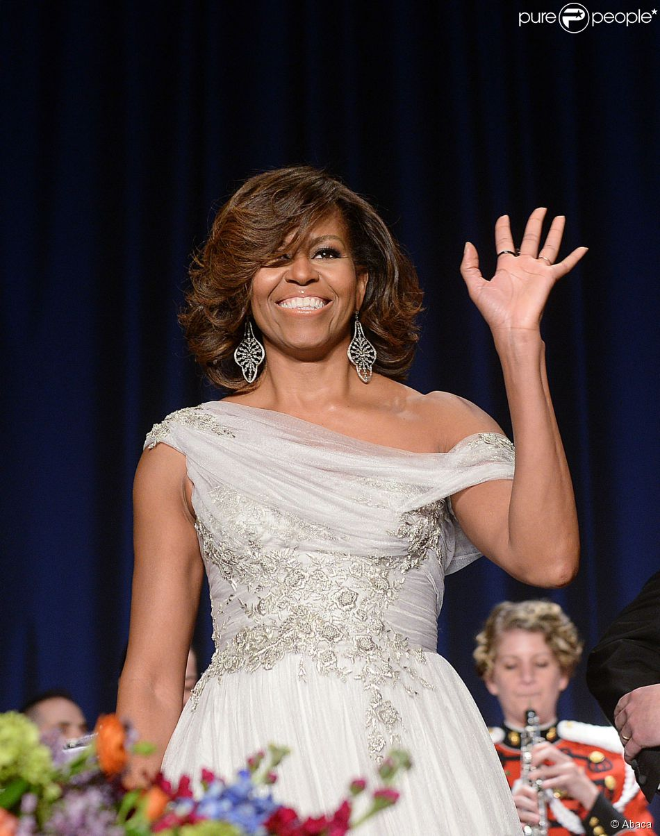 Michelle Obama recebe famosos no 2014 White House Correspondents' Association Dinner, o tradicional jantar na Casa Branca