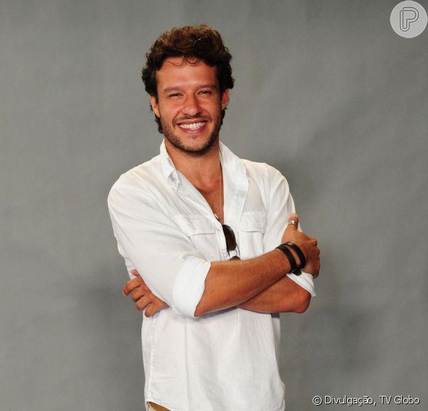 Nando Rodrigues está em uma ótima fase na vida pessoal e profissional
