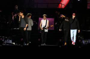 One Direction: Harry Styles leva fãs à loucura com nova tatuagem em show no RJ