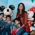 Isabella Fiorentino levou os meninos para assistirem ao espetáculo 'Disney On Ice - Passaporte para a Aventura'
