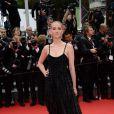 Jess Weixler veste Armani privé no Festival de Cannes 2014