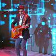 Junno Andrade canta no 'TV Xuxa' que foi ao ar em 19 de janeiro de 2013