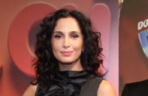 Camila Pitanga fará par romântico com Thiago Fragoso em novela das nove