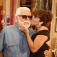 Manoel Carlos recebe o carinho de Giovanna Antonelli