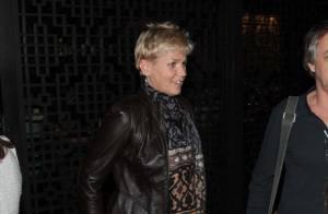 Xuxa vai a restaurante de São Paulo com o namorado, Junno Andrade, e amigos
