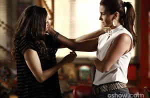 'Em Família': Clara leva suas roupas para casa de Marina. 'Parece um sonho'