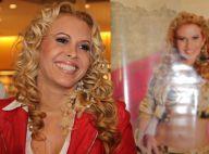 Joelma, da Banda Calypso, autografa novo CD, 'Eternos Namorados', em livraria