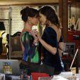 As atrizes Giovanna Antonelli e Tainá Müller gravaram a cena do pedido de casamento na semana passada